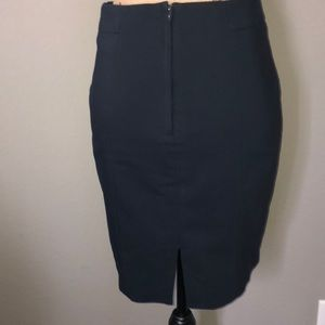 H&M Skirts - H&M navy pencil skirt size 6 in great condition